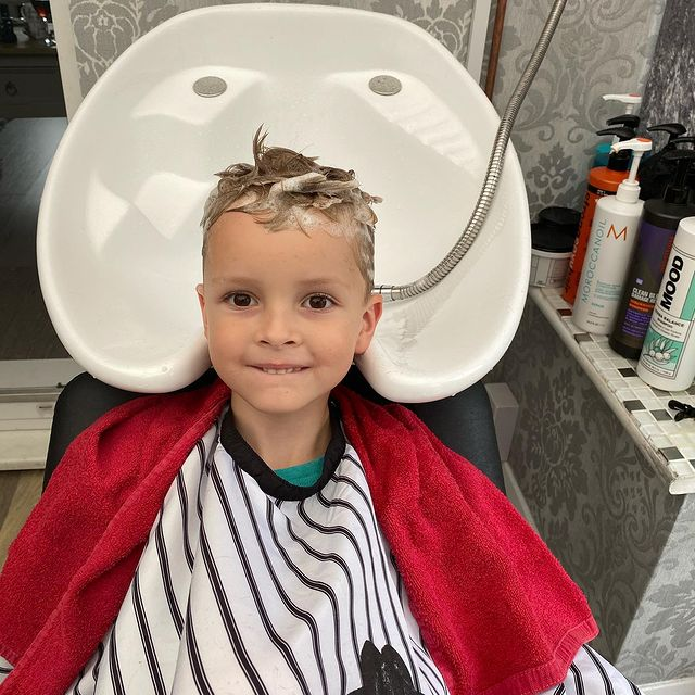 Photo by Kerry Edwards Hair & Beauty on September 07, 2020. Image may contain: 1 person. Alfie's has a bit of pampering today, hair washed and cut all ready for going back to school tomorrow #homehaircut #homesalon #hairdresserlife #hairdresser #hairdresserandbeautytherapist #boyshaircuts #schoolhairstyles #schoolhaircut #schoolhair #hairsalonathome #kerryedwardshairandbeauty
