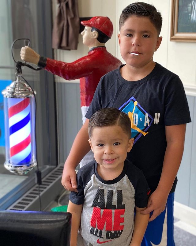 Photo by Star Barber Shop on September 09, 2020. Image may contain: 2 people. Back to school for big brother! (Book in our bio) #schoolhaircut #backtoschoolhaircut #vintagehair #barberlife #rutlandvt