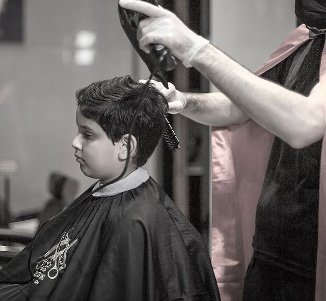 Photo by Six Stars Gents Salon in Dubai, United Arab Emirates. Image may contain: 1 person.