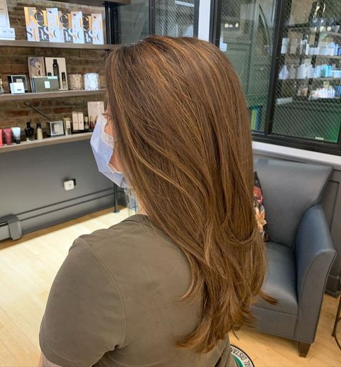 Photo shared by Lo @hairflowwithlo on November 11, 2020 tagging @jalberts_, @wellahair, and @solosalon. Image may contain: one or more people and indoor.