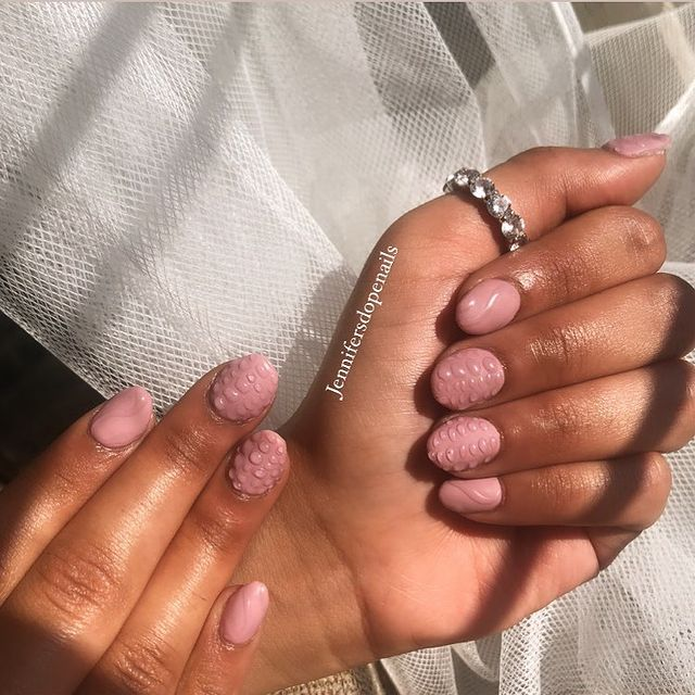 Photo shared by jennifersdopenails on January 31, 2021 tagging @hypebeast, @nailsmagazine, @naillabousa, @lilomorton, @hypebae, @clawaddicts, and @blacksnailedit. Image may contain: one or more people and closeup.