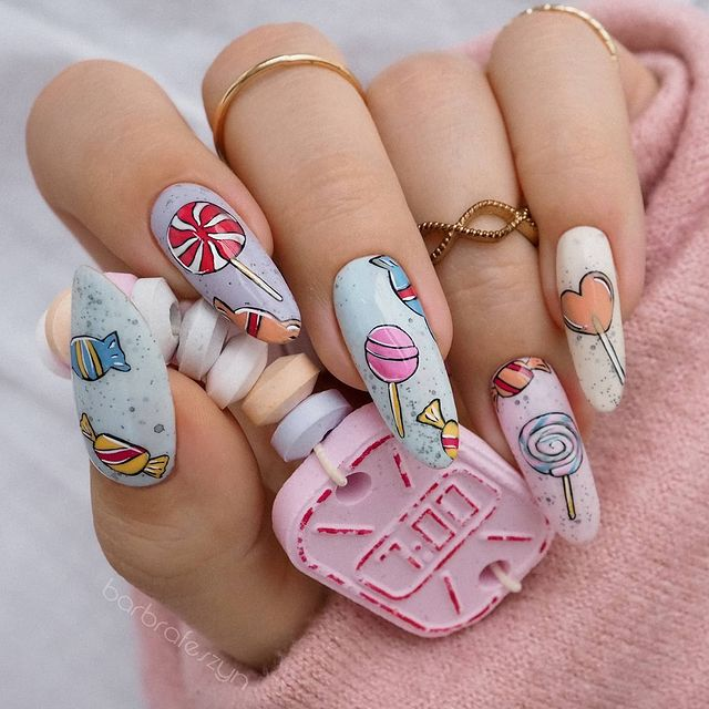Photo shared by Basia Góral on March 07, 2021 tagging @glamnailschallenge, and @slowianka_nails.