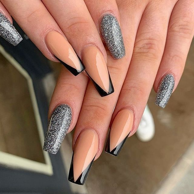 Photo shared by NAILS BY BECKY ️ on March 15, 2021 tagging @asos, @missguided, @stylistmagazine, @misspap, @prettylittlething, @boohoo, @nailpromagazine, @scratchmagazine, @missyempire, @salonmagazine, @salonnvmag, @thesalonmagazine, @nailsbybeckyxx, @glitterbels, and @thesalonmaguk.
