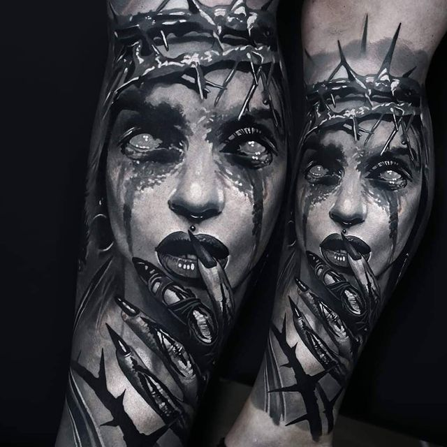 Photo by Domantas Parvainis in Art Faktors Tattoostudio Essen. May be a black-and-white image of 2 people and tattoo.