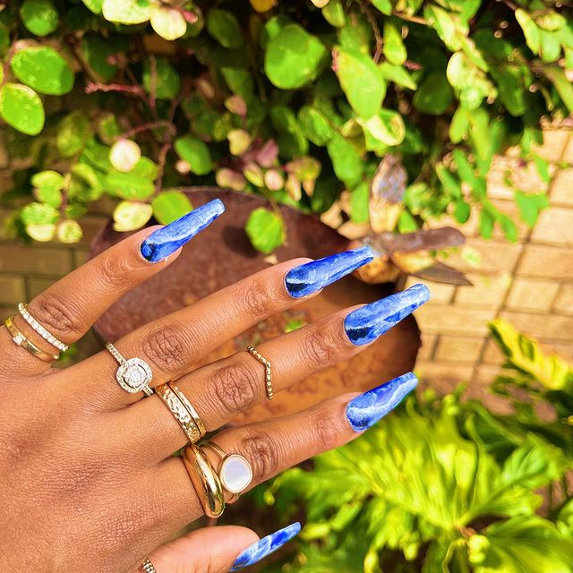 Photo by Miriam Maulana | 4C Hair in Port Elizabeth, Eastern Cape with @modelonesnails, and @modelones_official. May be an image of jewelry.
