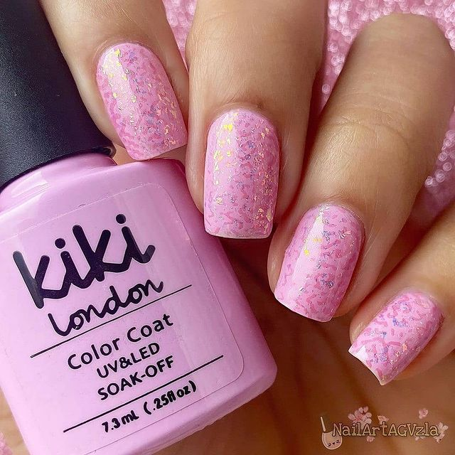 Photo by Kiki London in London, United Kingdom with @nailartagvzla. May be an image of cosmetics.