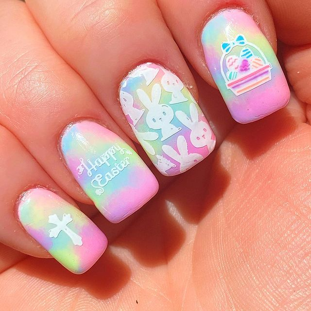 Photo shared by Jamee Heflin Polished Panda on April 04, 2021 tagging @uberchicbeauty, @hellomaniology, @colorclubnaillacquer, @nbnailart, @glamournailart, @moyou_london, @vibrantvinyls, @clearjellystamper, @glamnailschallenge, and @apipilaoficial.