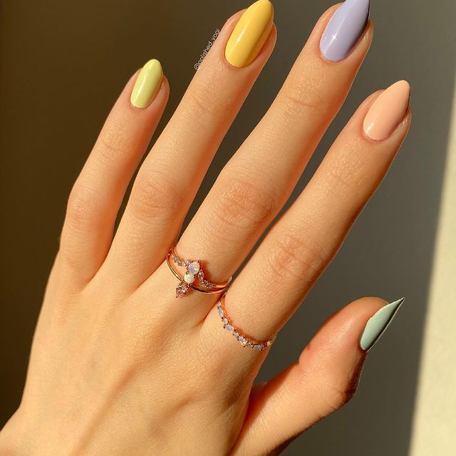 Photo shared by Stefanie ️ on April 05, 2021 tagging @sechenails, @remedynails, @shopgirlscrew, @nailtopiabeauty, and @oliveave_polish. May be an image of jewelry.