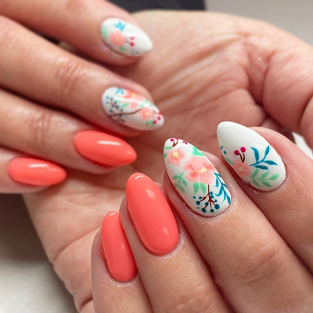 Photo shared by Shelby Hess on April 05, 2021 tagging @___teauna___, @lightelegancehq, and @blyssnailsupply.