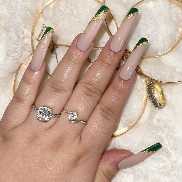Photo shared by Luxury Press On Nails on April 11, 2021 tagging @clawsbymarii.