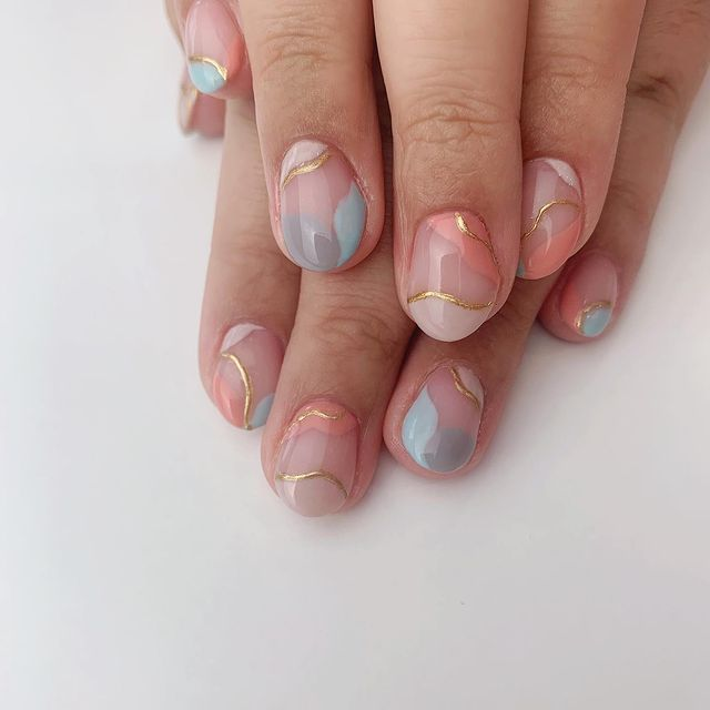 Photo shared by Shae-Lynne, Nail Artist on April 15, 2021 tagging @nailitmag, @opi, @nailpromagazine, @scratchmagazine, @opicanada, @opi_professionals, @fifthwpg, and @t.h.stitches_and_such.