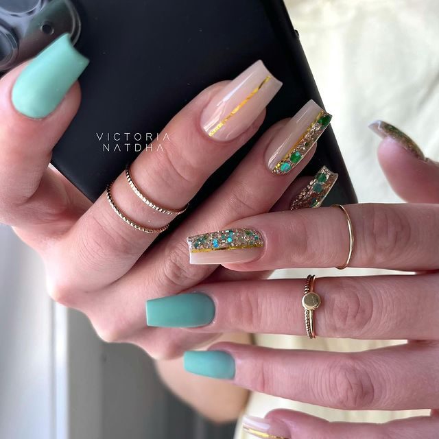 Photo shared by Victoria Natdha   Nail Artist on May 14, 2021 tagging @nailsmagazine, @nailpromagazine, @semilac_se, @victorianatdha, @shining_claws, @nailartistsworldwide, @clawaddicts, @nailartshoutoutt, @nails__magazin, @thosefancynails, @nailsartoftheday, @thenailconnection, and @nailsbeing. May be an image of jewelry and text that says 'VICTORIA NATDHA'.