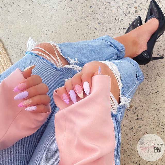 Photo shared by Stacey-Dee Nail&Beauty Studio on May 31, 2021 tagging @kyliejenner, @therealsimonemarie, @prettylittlething, @nailsmagazine, @nailitmag, @nailpromagazine, @scratchmagazine, @nailmodish, @perthisok, @scra2ch, @urbanlistper, @planetnails.au, @shining_claws, @nailartistsworldwide, @clawaddicts, @nailartshoutoutt, @showyourclawssss, @nailporn, @nailprodaily, and @staceydee.nailinspo. May be an image of text that says 'STACEY-DEE PN'.